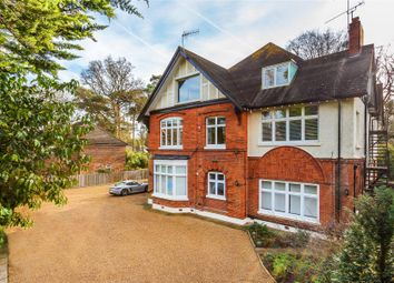 3 bed flat for sale in Onslow Crescent, Woking, Surrey GU22