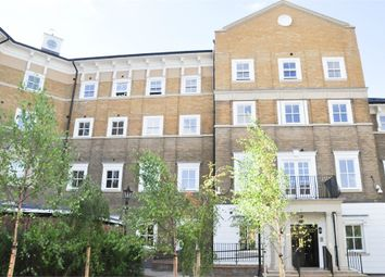 1 bed flat to rent in Lyttleton House (Chancellors Place), 64 Broomfield Road, Chelmsford, Essex CM1