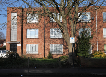 Thumbnail 2 bed flat for sale in Cambridge Court Alma Road, Southampton