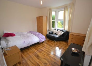 Thumbnail Room to rent in Bryant Avenue, Caversham, Reading, Oxfordshire