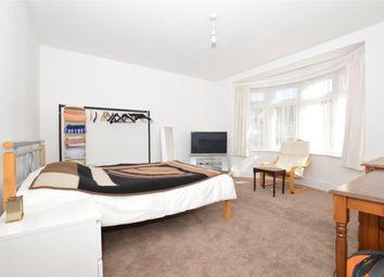 Thumbnail Flat to rent in Headcorn Road, Thornton Heath