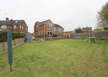 Thumbnail 4 bed property for sale in Deans Close, Tring