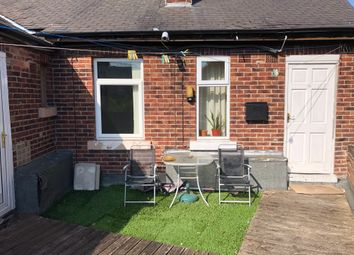 Thumbnail 1 bed flat to rent in Browning Rd, East Herringthorpe