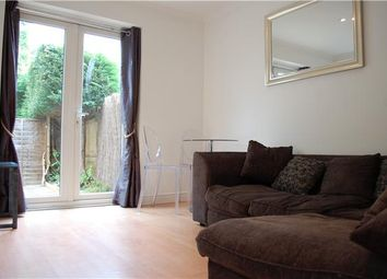 Thumbnail 1 bed flat to rent in Queens Close, Oxford