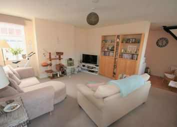 Thumbnail 2 bed flat to rent in Cobham Mews, West Street, Buckingham