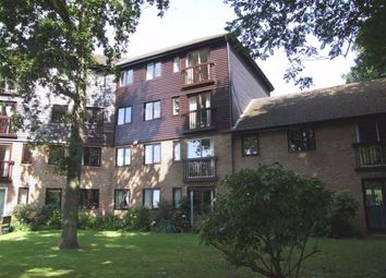 Thumbnail 1 bed property to rent in Sackville Court, East Grinstead, West Sussex