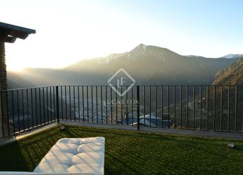 Thumbnail 4 bed villa for sale in Andorra, Andorra La Vella, And11381