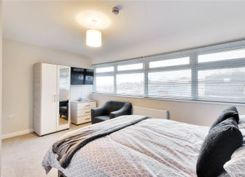 1 bed property to rent in Quarry Hill Road, Tonbridge, Kent TN9