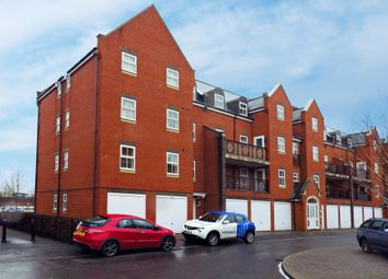 Thumbnail 2 bedroom flat for sale in Lynmouth Road, Swindon, Wiltshire
