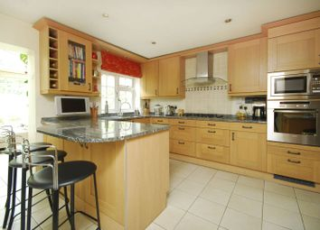 Thumbnail 4 bed property to rent in Westmoreland Place, Ealing