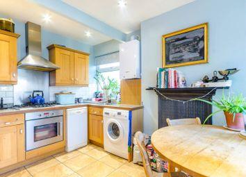 2 bed maisonette to rent in Gainsborough Avenue, Manor Park, London E12