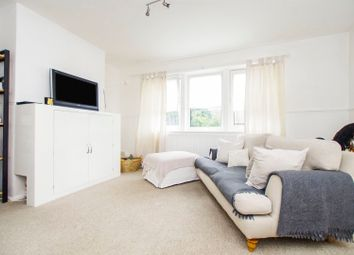 Thumbnail 2 bedroom flat for sale in Malling Close, Lewes