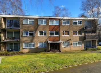 Thumbnail 3 bed flat for sale in The Parkway, Southampton