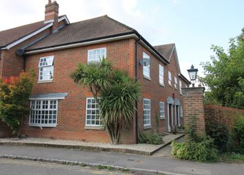 Thumbnail 2 bedroom flat for sale in Crossways, Beaconsfield