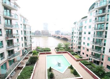 Thumbnail 1 bed flat to rent in St George Wharf, London