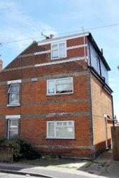 Thumbnail Room to rent in Harwich Road, Colchester