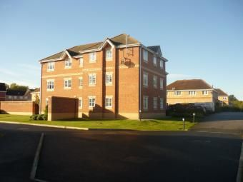 Thumbnail 2 bed flat to rent in Linnets Park, Runcorn