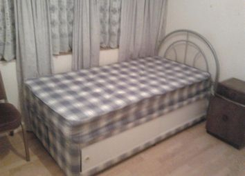 Thumbnail Room to rent in Brecon Close, Mitcham