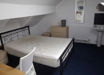 Thumbnail 5 bed shared accommodation to rent in 17 Hawthorne Avenue, Swansea