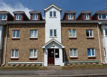 Thumbnail 2 bed flat to rent in South Avenue, Southend-On-Sea