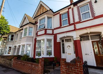 Brightwell Avenue, Westcliff-On-Sea SS0. 3 bed terraced house