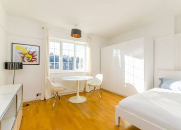 Thumbnail 2 bedroom flat to rent in Claremont Close, Islington