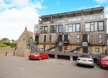 Thumbnail 3 bedroom flat to rent in Bridge Street, Witney
