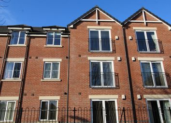 Thumbnail 1 bed flat for sale in Royal Court, Worksop