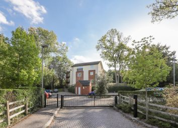 Thumbnail 2 bed flat for sale in Spring Lane, Headington, Oxford