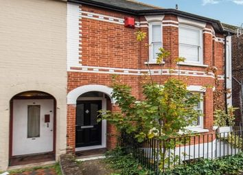Thumbnail 2 bed flat to rent in Victoria Road, Guildford