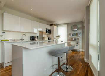 Thumbnail 3 bed flat to rent in John Donne Way, Greenwich, London