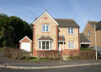 Thumbnail 3 bed detached house to rent in Glebelands, Thatcham