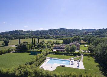 Thumbnail 11 bed villa for sale in Perugia, Perugia, Umbria