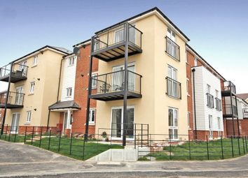 Thumbnail 2 bedroom flat for sale in Hamble House, Cavendish Drive, Locks Heath