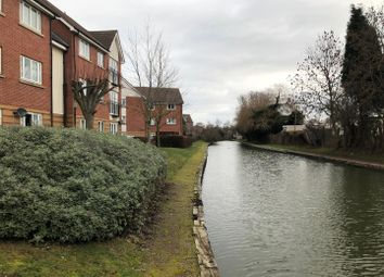2 bed flat to rent in Grindle Road, Longford, Coventry CV6