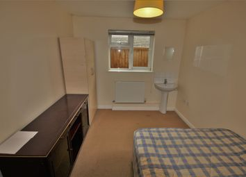 Thumbnail Room to rent in Broomhall Road, Broomfield, Chelmsford