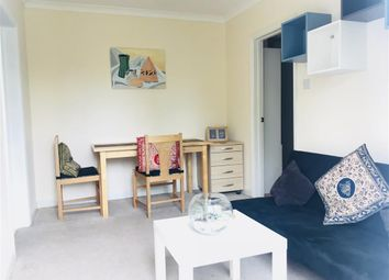 Thumbnail 1 bed flat to rent in Steep Rise, Headington, Oxford