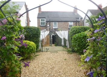 Thumbnail 2 bed cottage to rent in Church Lane, Neston