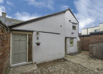 Thumbnail 2 bed cottage to rent in Sheep Street, Bicester