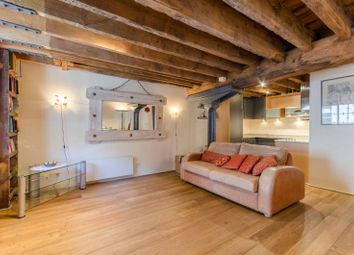 Thumbnail 1 bedroom flat for sale in Port East Apartments, Canary Wharf