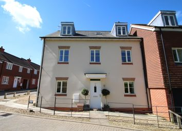 Thumbnail 5 bed link-detached house for sale in Scarlett Avenue, Wendover, Aylesbury