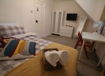 Thumbnail Room to rent in Tower Bridge Road, Bermondsey