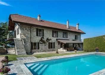 Thumbnail 5 bed property for sale in Évian-Les-Bains, France