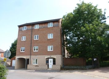 Thumbnail Flat to rent in Queensgate, Lincoln Street, Swindon