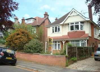 Talbot Hill Road, Winton, Bournemouth BH9. 2 bed flat