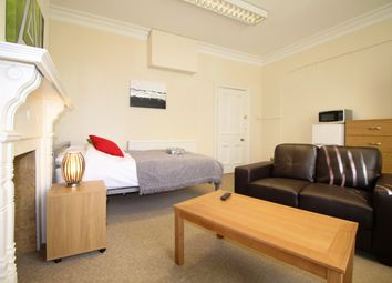 Thumbnail Room to rent in Warwick Row, Room 4, Coventry