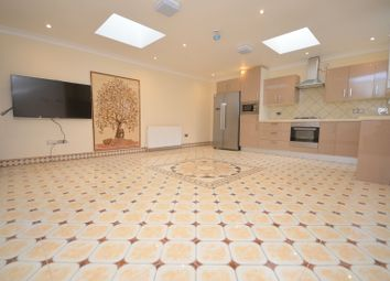 Thumbnail 3 bed bungalow to rent in Acasia Road, Leytonstone