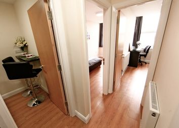 Thumbnail 2 bed flat to rent in Upper George Street, Luton