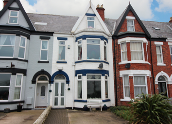 Thumbnail 5 bed terraced house for sale in Victoria Avenue, East Yorkshire, North Humberside