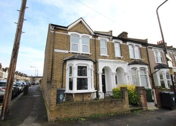 Thumbnail 7 bed flat to rent in Eastfield Road, London